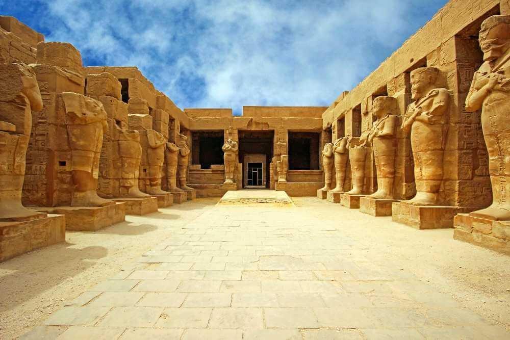 Egipt intalnire fata)